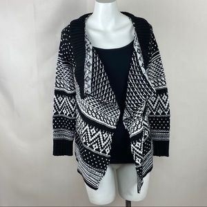 Poof girl cardigan open front black & white